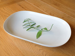 ReIRABO White Large Oval Plate by Yumiko iihoshi at OEN Shop