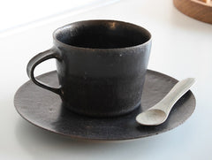 Black Saucer by Naotsugu Yoshida at OEN Shop