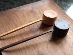 Zelkova Coffee Scoop by Yusuke Tazawa at OEN Shop