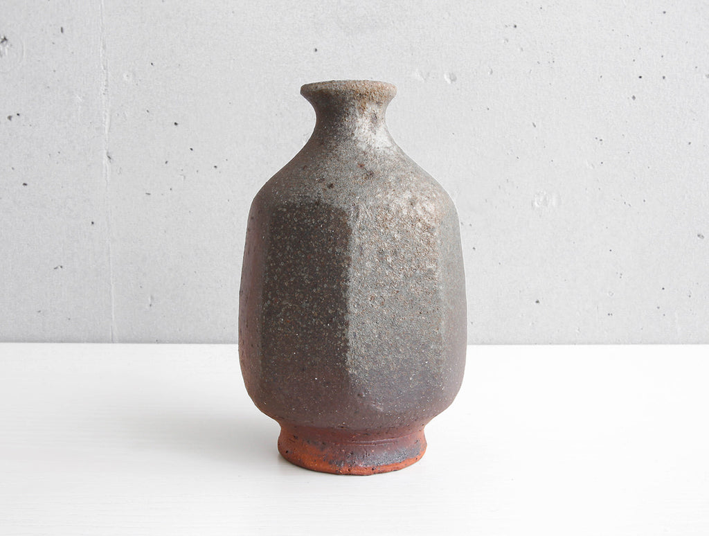 Red Edged Vase by Keiji Tanaka at OEN Shop