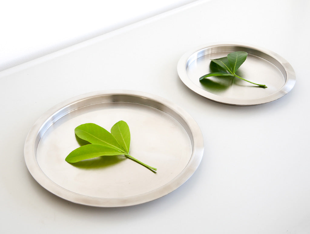 Small Stainless Coaster by Yumiko iihoshi at OEN Shop