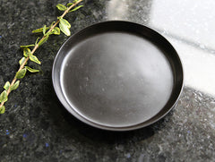 Small Black Coated Dish by Akihiko Sugita at OEN Shop