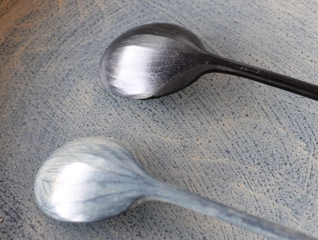 White Lacquer Spoon by Hiroyuki Sugawara at OEN Shop