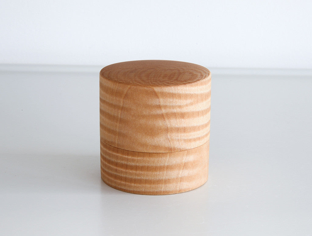 Cha White Chestnut Box by Studio KUKU at OEN Shop