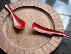 Curved Dry Lacquer Teaspoon by Mie Yokouchi at OEN Shop