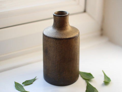 Shaped Bottle Vase by Kana Tozuka
