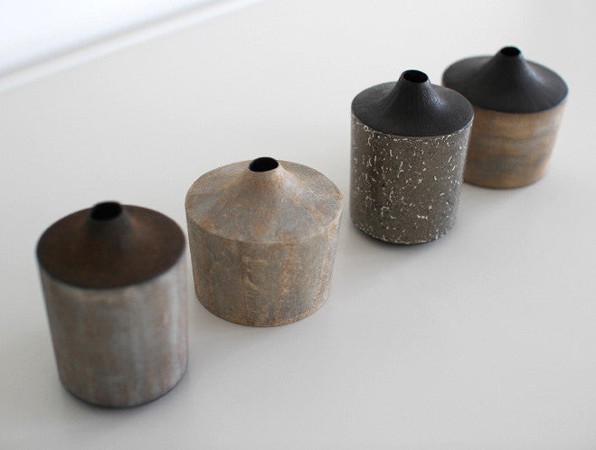 Pale Grey Dry Lacquer Vase by Mie Yokouchi at OEN Shop