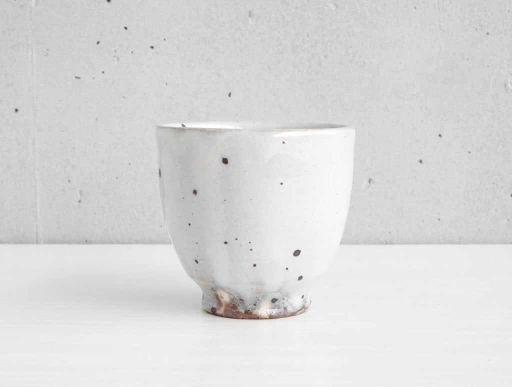 Spotted White Cup by Keiji Tanaka at OEN Shop