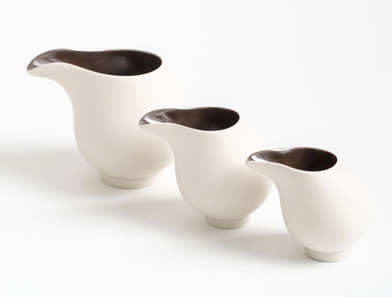 White Flow Jug Set