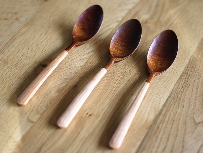 Half Lacquer Table Spoon by Atelier tree song at OEN Shop