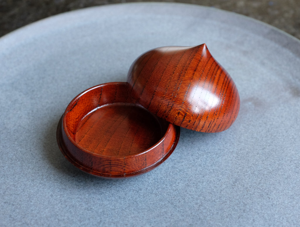 Zelkova Small Dome Box by Maiko Okuno at OEN Shop