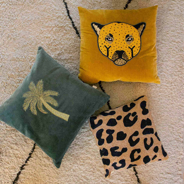 Small beads cushion leopard print allover