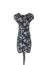 Load image into Gallery viewer, Darling London - Marnie Fitted Dress - DA15-165
