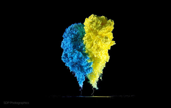 8 Tips For Amazing Smoke Bomb Photography