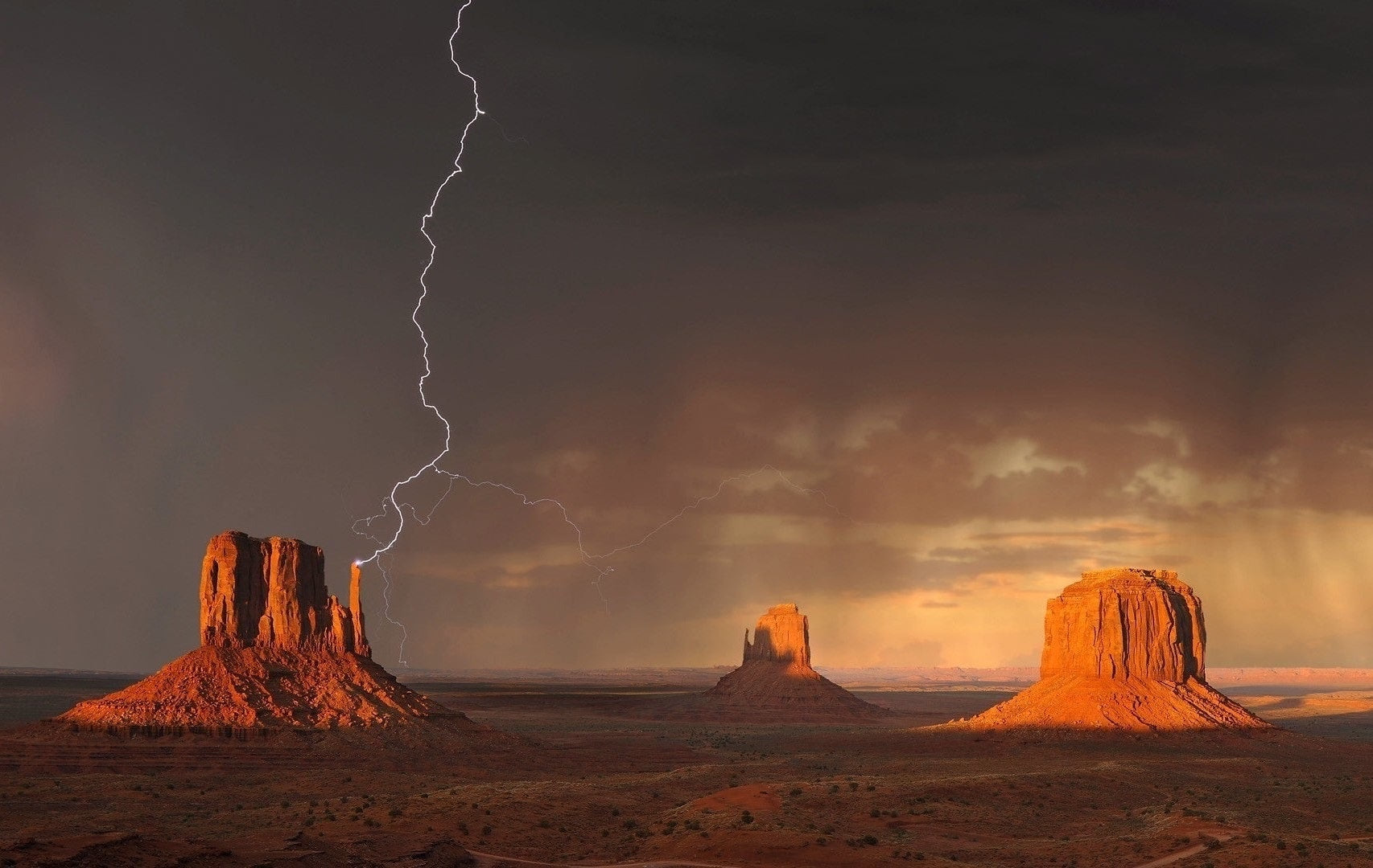 How to Do Lightning Photography in Daytime