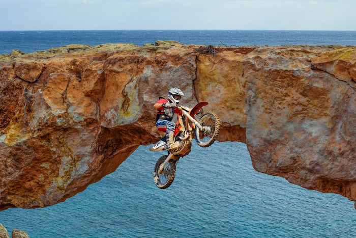What Equipment are Required to Do Extreme Sports Photography?