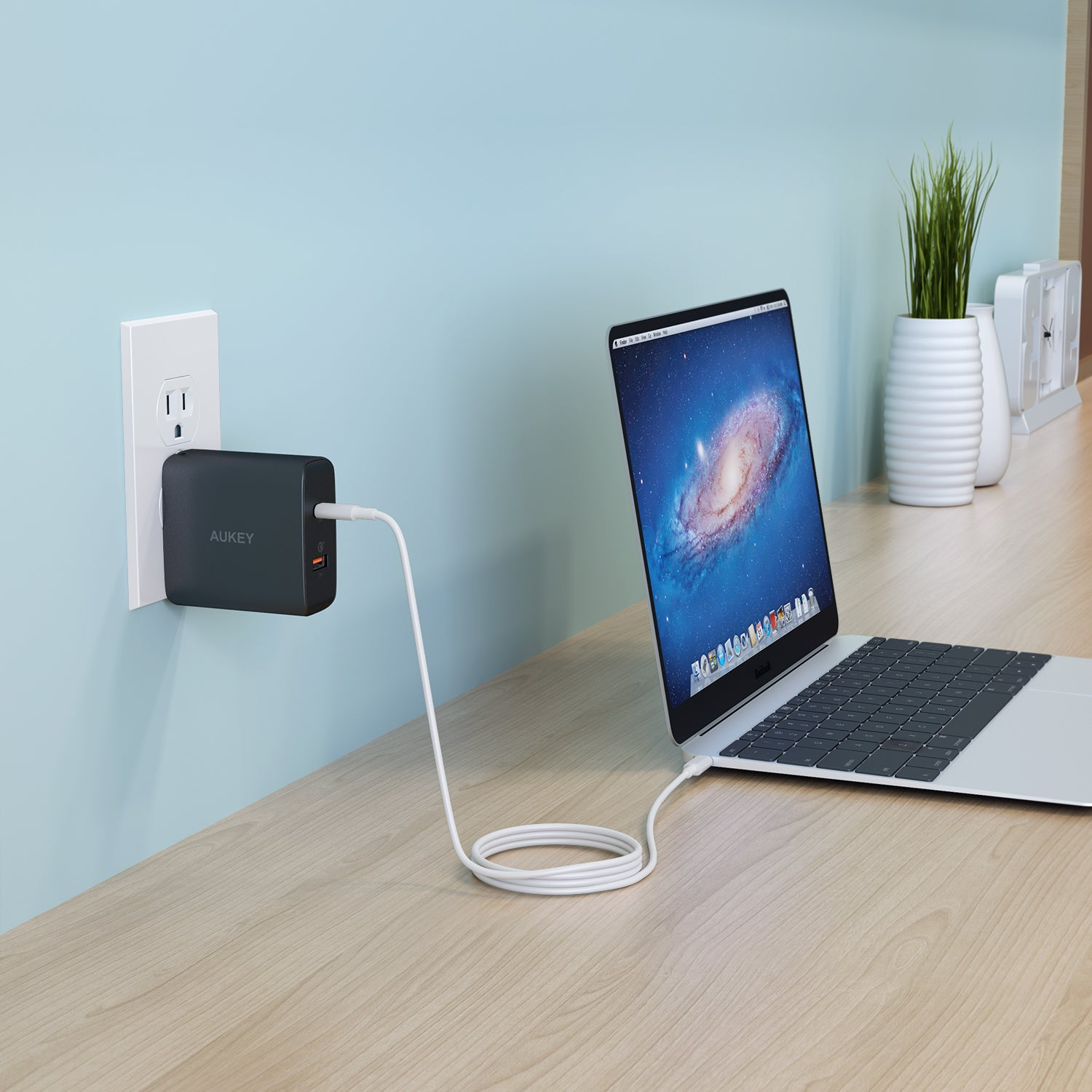 AUKEY PA-Y11 Amp Type-C with PD+ Quick Charge 3.0 48W Dual Ports Wall Charger