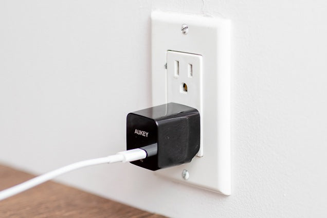 AUKEY PA-Y18 18W Power Delivery Wall Charger