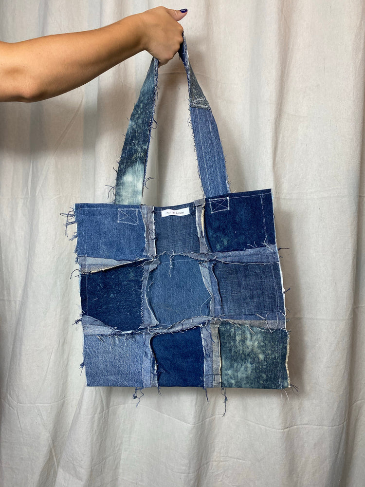 Distressed Denim Tote 009