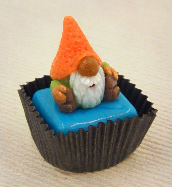 Gnome with Orange Hat Petit Four