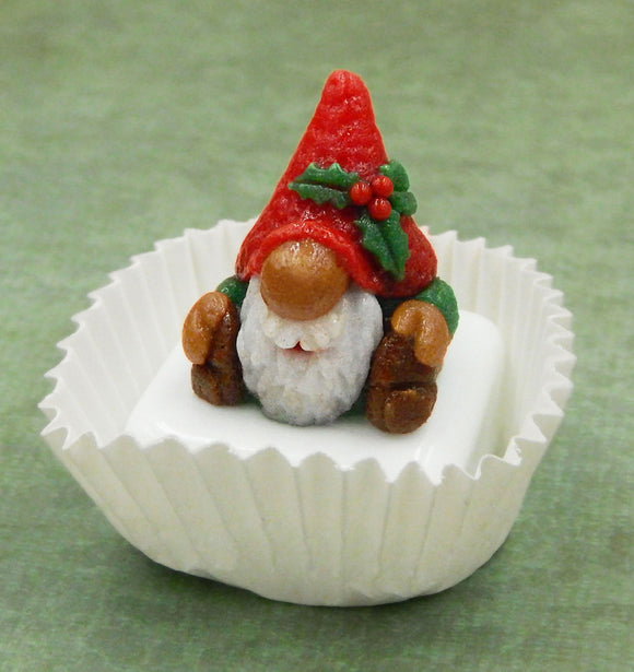Christmas Gnome Petit Four Chocolate Treat