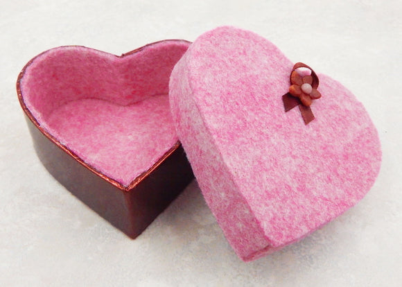 Empty Pink Heart Box for 3 Art Glass Chocolates