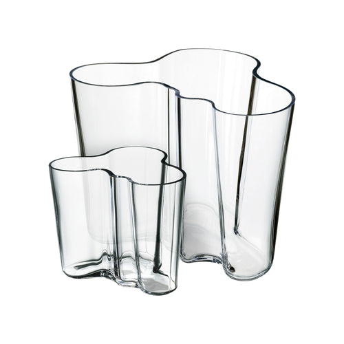 Set of 2 Iittala clear hand blown glass vases in 95mm and 160mm.