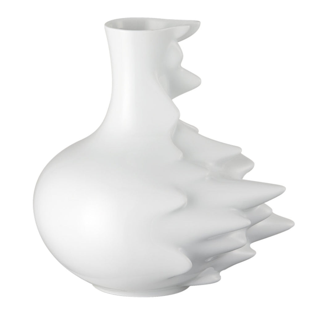 Rosenthal studio-line reflects the image of the Ming dynasty typical vase, frozen in digital time lapsing.