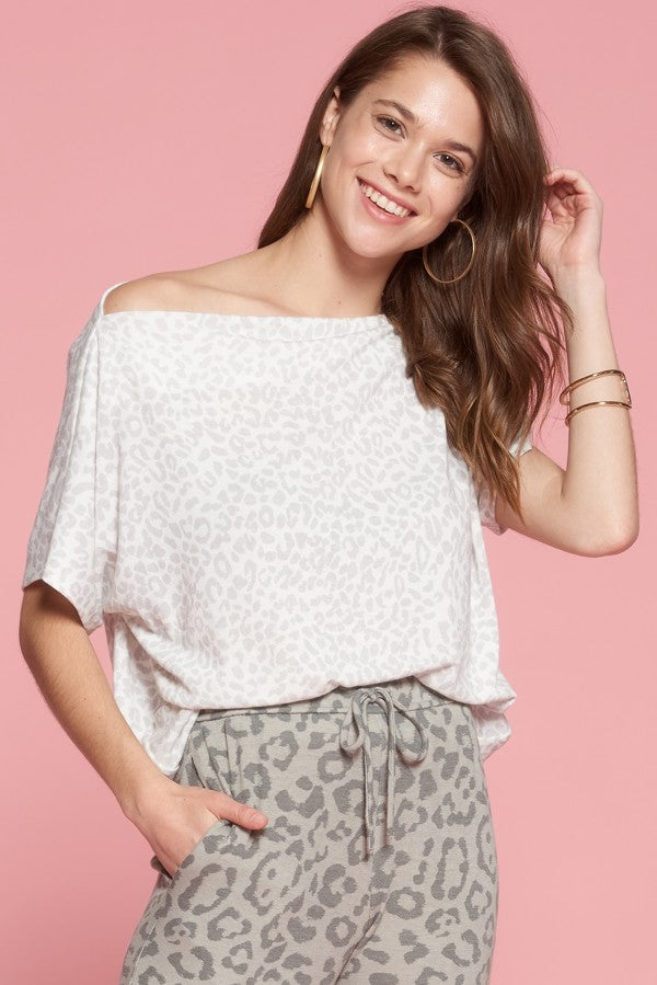 Off the Shoulder Leopard T