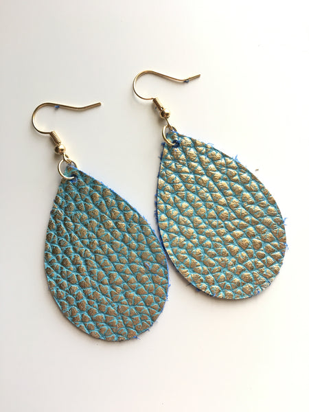 Mint and Pebbled Gold Earrings