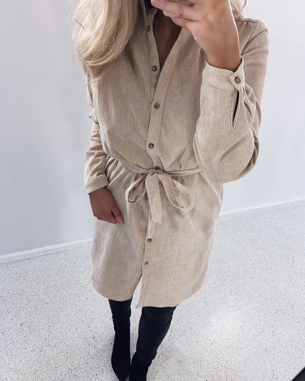 Valsi shirtdress sand