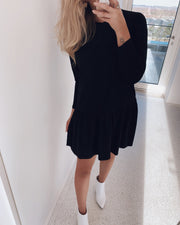 Nuna dress black