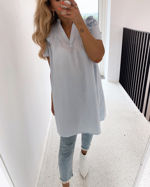 Camilla t-shirtdress light blue