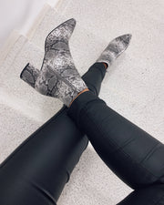 New pointy boots snake