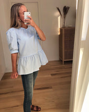 Viane short sleeved blouse light blue
