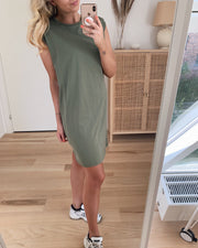 Liz sl dress deep lichen green
