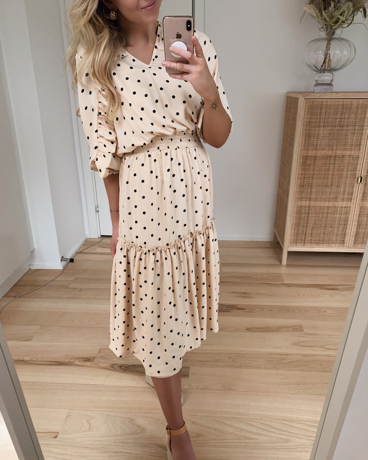 Assie dress dot