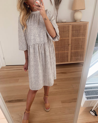 Jannie dress white with black dots