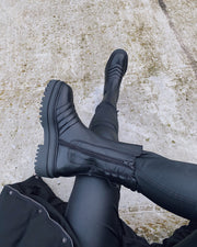 Catalina wave boots black