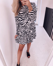 Nuna zebra dress