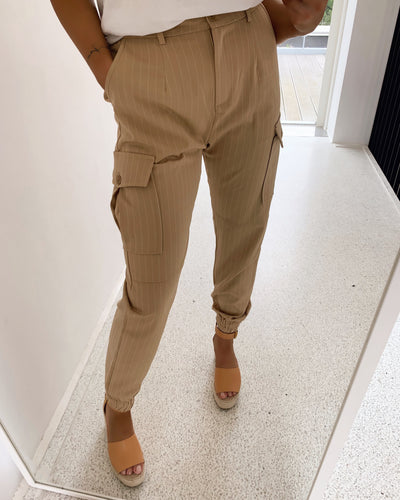Nia pants camel stripes