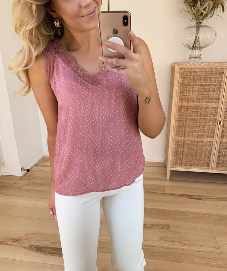 Vara top blush dot
