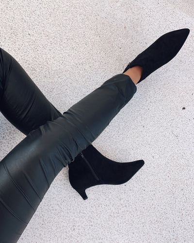 Duffy black heel boots