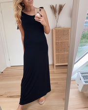 Neora long dress black