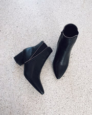 Pointy boots black - FORUDBESTILLING