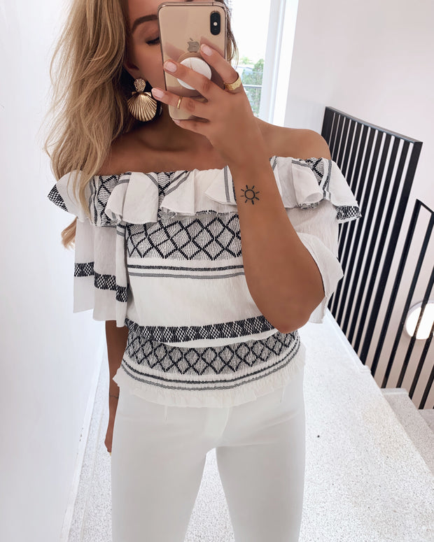 Nuka off shoulder top cream/black