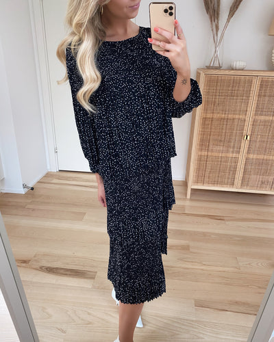 Ilja dress black with white dots