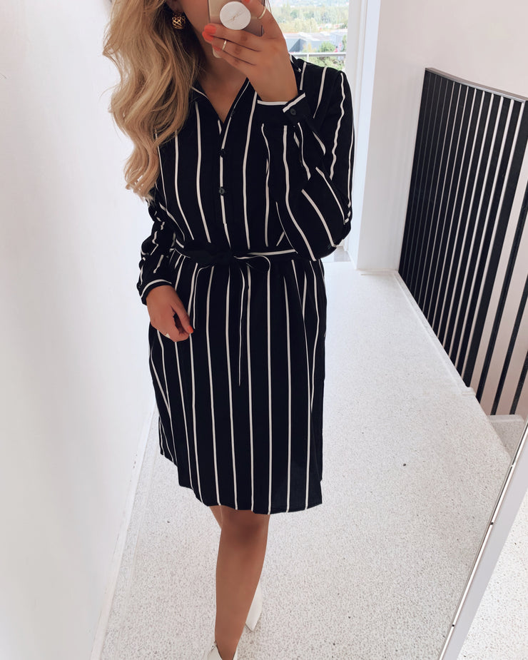 Vaya dress black stripe