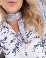 Scarf blue/white
