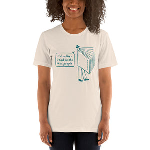 Read people Unisex T-Shirt
